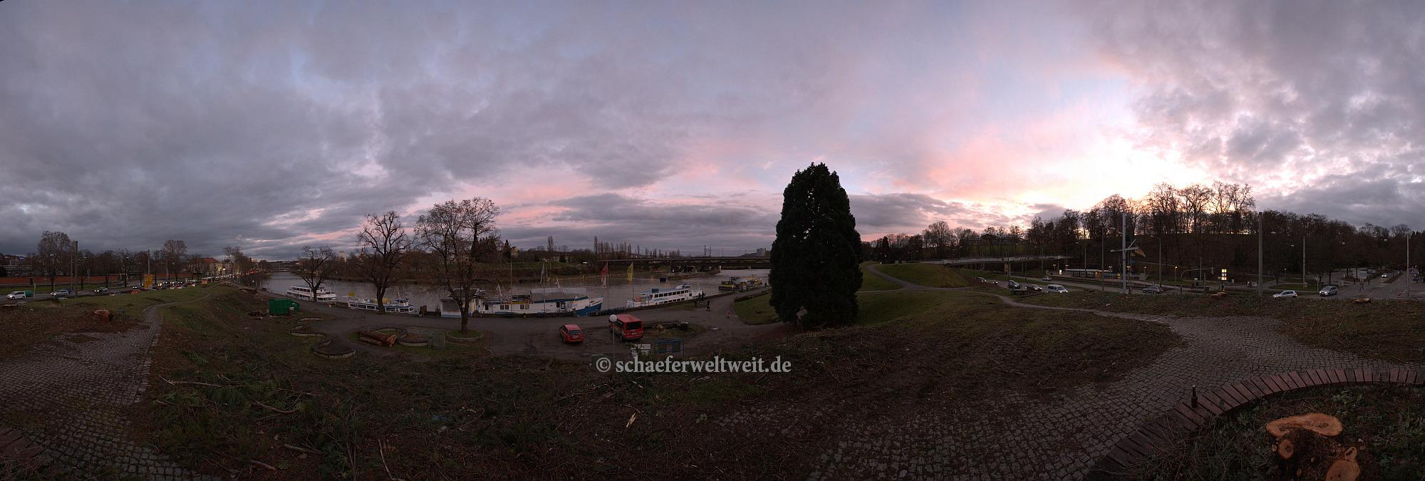 ©2014 Alexander Schäfer - Gerodete Flächen am Neckar