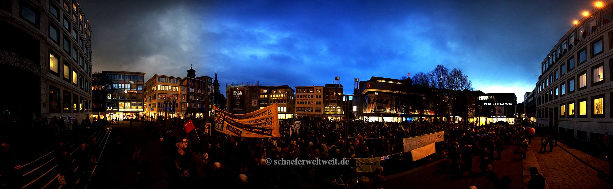 ©2014 Alexander Schäfer - Panorama 215. Marktplatzdemo