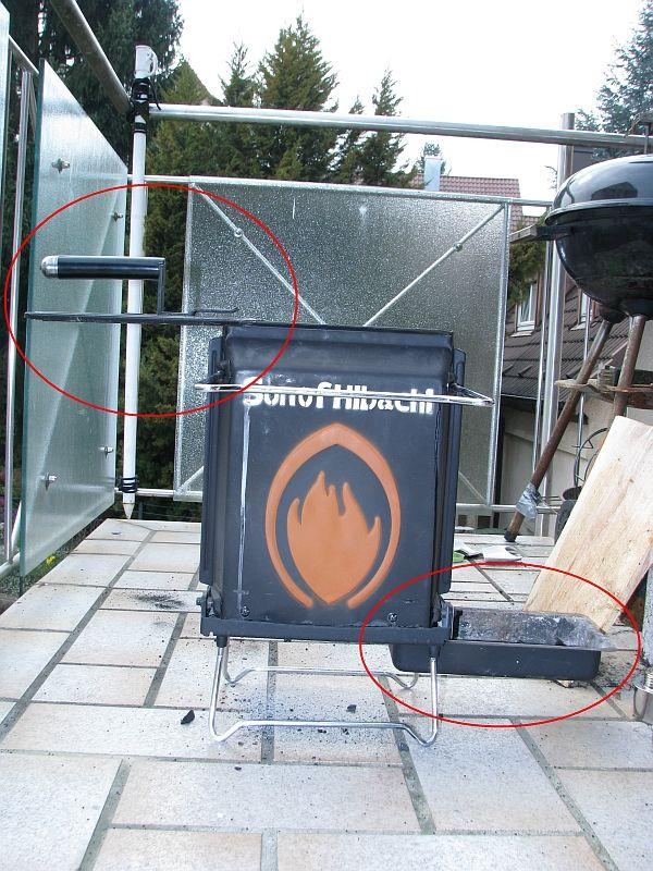 Dann ohne Feuerquelle weiter für ca. 10 Minuten auf Kamin-Stellung. Den Aschebehälter komplett öffnen für bessere Lüftung.