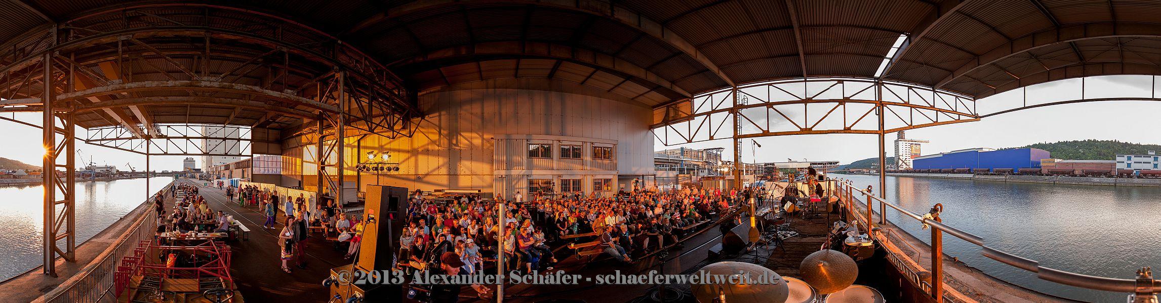 Archivbild - 2. Stuttgarter Hafen-Picknick